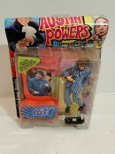 Austin-Powers-Ultra-Cool-Action-Figure-Series-2-Pin-Striped-Suite-Accessories