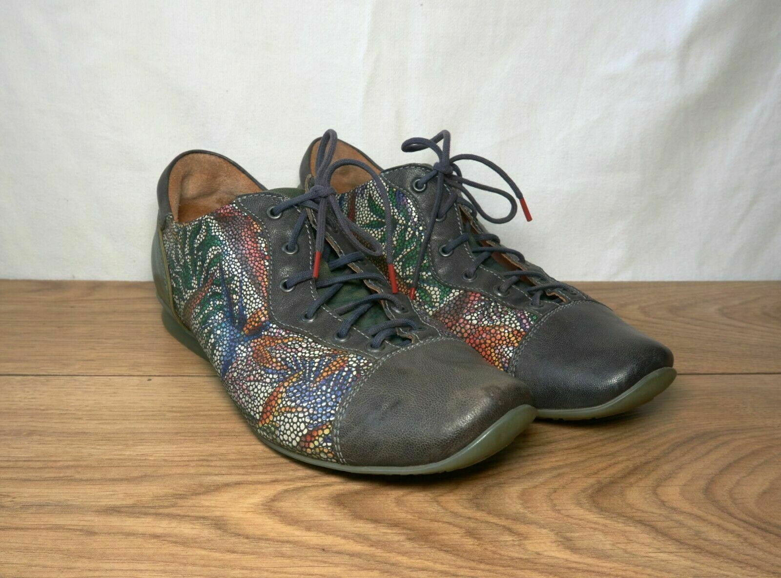 Think! Women's Leather Colorful Pattern Derby Lace Up Shoes, Size EUR 38 US 7