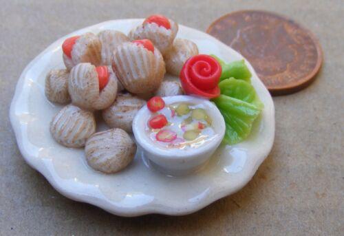 Escala 1:12 cocido almejas fijos en una placa de cerámica 3.5cm tumdee Casa De Muñecas