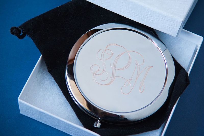 7 personnalisé Compact miroirs Demoiselle D'honneur Cadeau Personnalisé Gravure Demoiselle d'honneur