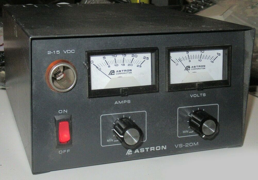 id_computers Astron Desktop VS-20M Power Supply w/ Meters