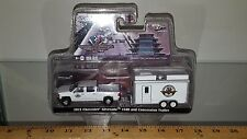 1/64 GREENLIGHT HITCH AND TOW 2015 CHEVROLET SILVERADO & INDY CONCESSION TRAILER