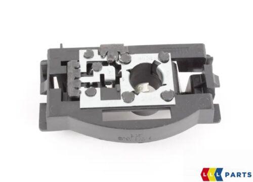 NEW Genuine Bmw X5 E70 Coffre Arrière Feu Arrière vrac holder socket Droit O//S 7262576