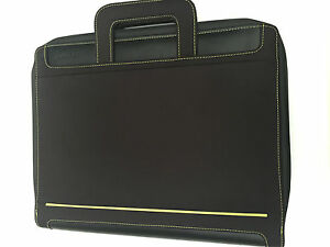 Filofax-A4-Circuit-Zipped-Folder-with-Handels-and-amovible-rings-Black