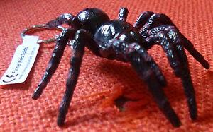 FUNNEL-WEB-AUSTRALIAN-SPIDER-SOUVENIR-GIFT-KEYCHAIN-KEY-RING-Size-60mm