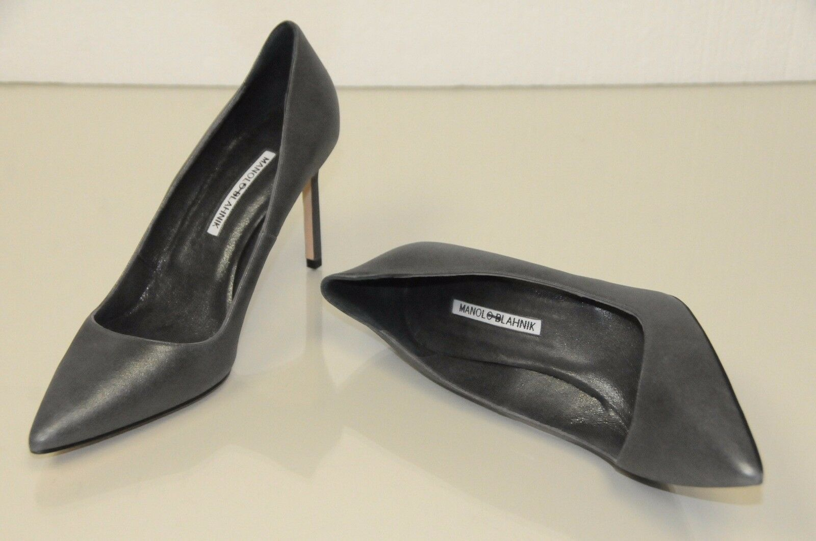 New Manolo Manolo Manolo Blahnik BB 90 shimmery Grey Silver Suede d leather shoes  Pumps 40.5 d4b603