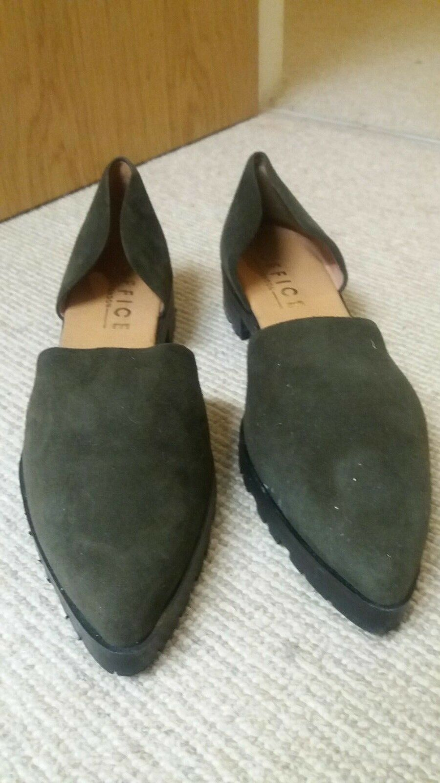 OFFICE GREEN SUEDE CLEATED SOLE POINTED Schuhe SIZE UK 6 EUR 39