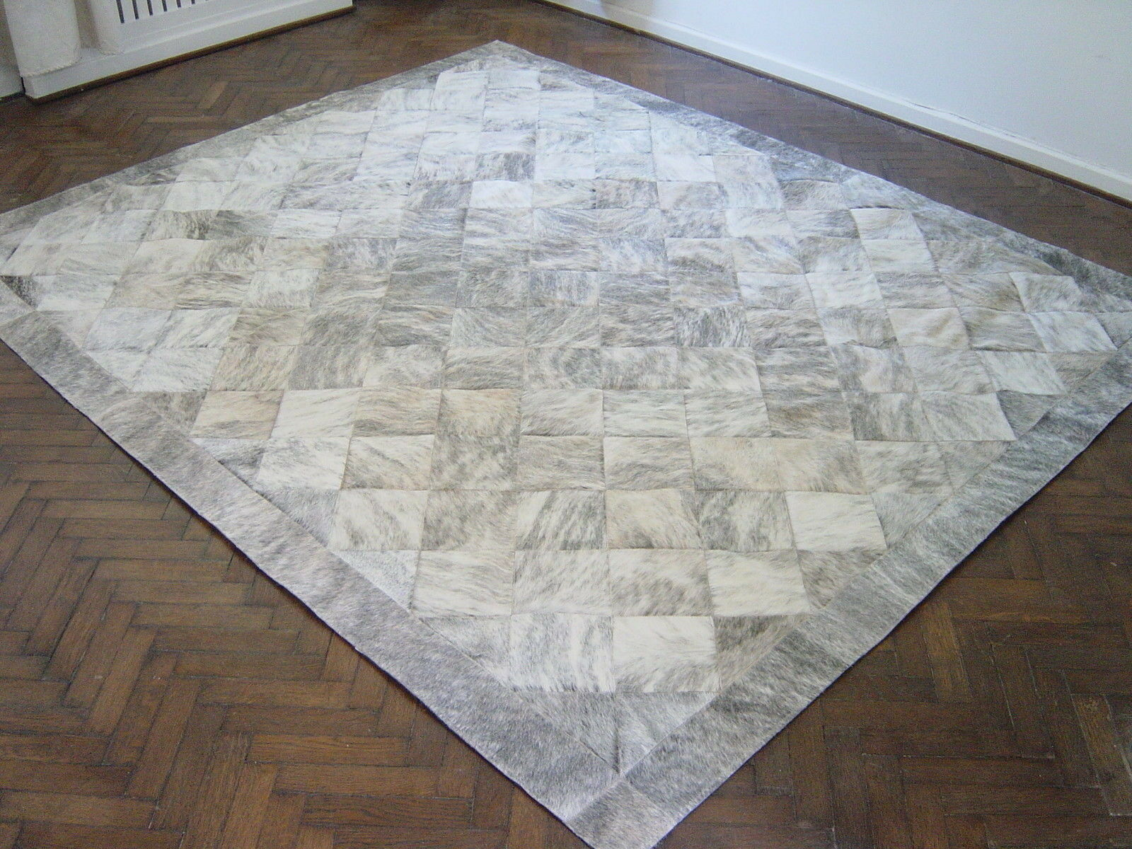 NEW COWHIDE PATCHWORK RUG LEATHER CARPET cu_456