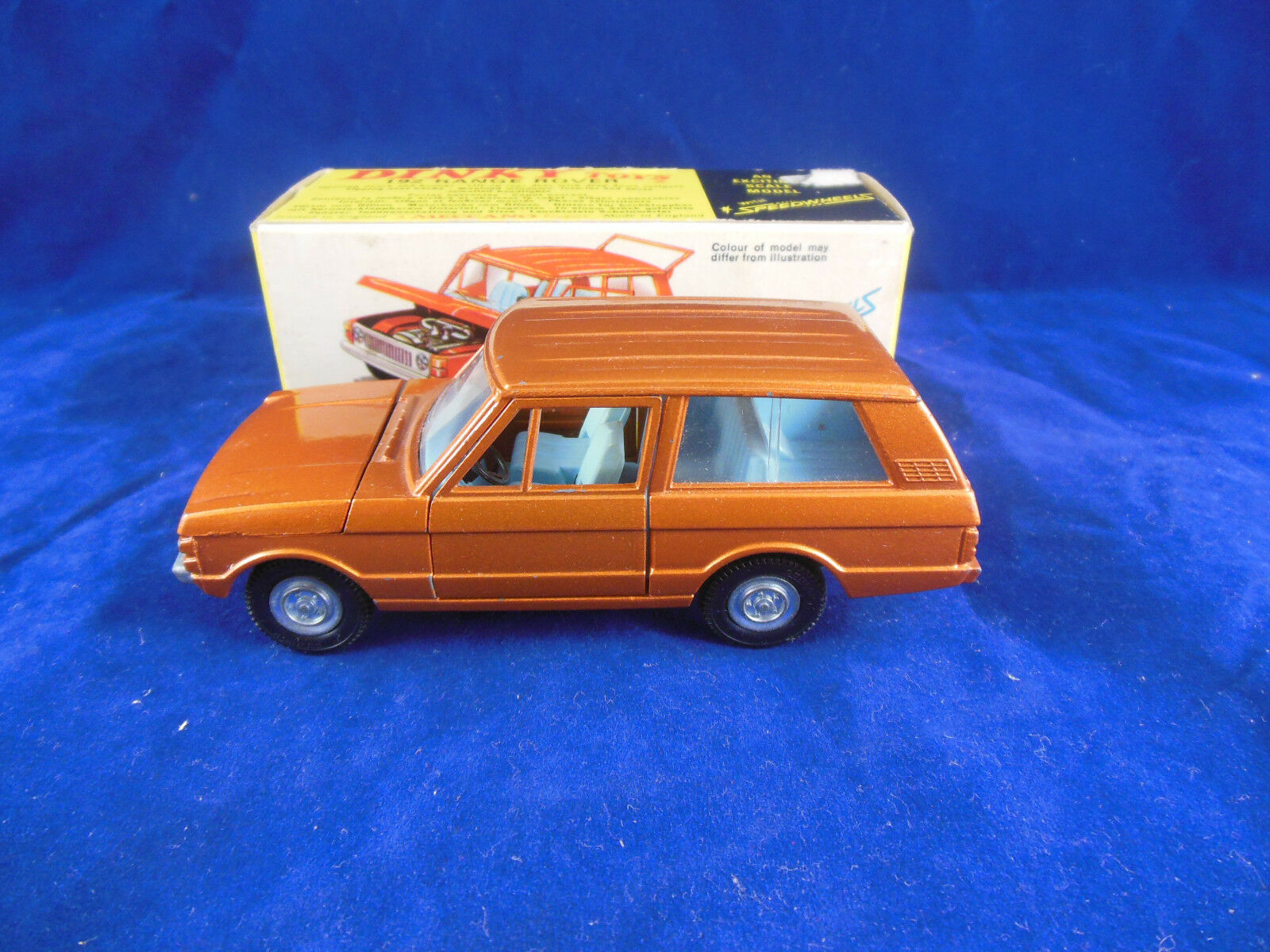 Dinky toys 192 Range Rover in Bronze With Speedwheels Light bluee Interior