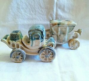 Vintage-Hand-Painted-Drip-Glaze-Pottery-Victorian-Coach-Cars-Set-2-Marked-Japan