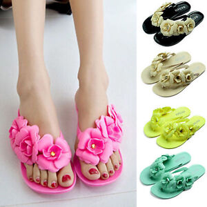 0670818c9420 Image is loading Women-Girl-Jelly-Flower-Summer-Beach-Sandals-Thong-