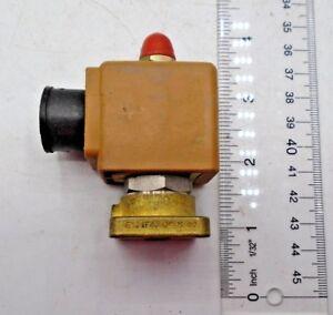 Adafruit Plastic Water Solenoid Valve 1//2 Nominal 12V ADA997