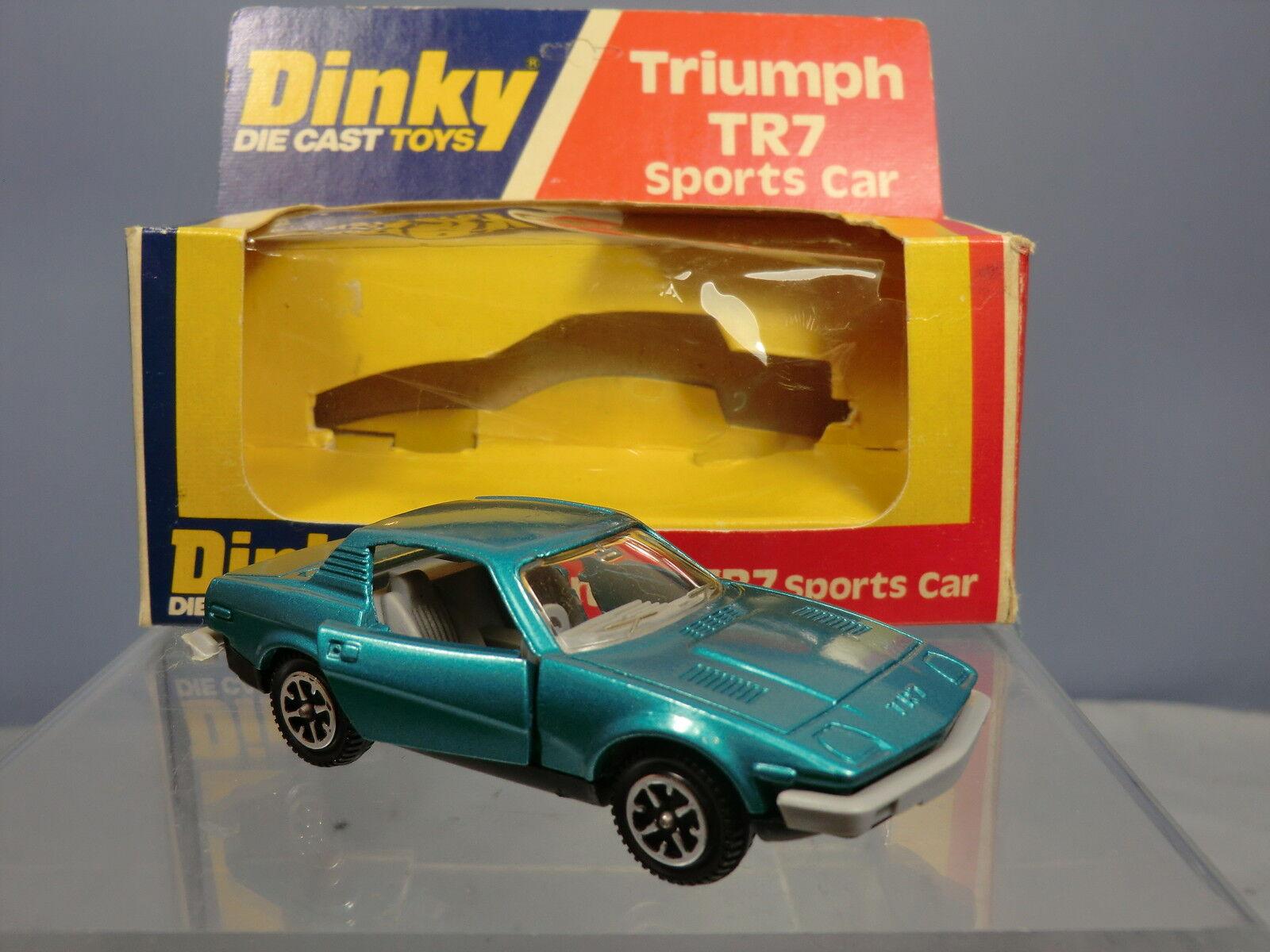 DINKY TOYS MODEL  No.211 TRIUMPH TR7 SPORTS CAR ( TURQUOISE VERSION )   MIB