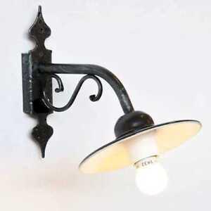 Lampada-parete-in-ferro-battuto-con-piatto-modello-mini-arredo-casa-e-giardino