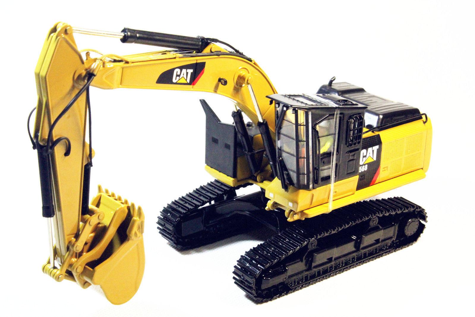 1 50 DM Caterpillar Cat 568 Road Builder Configuration Diecast Model