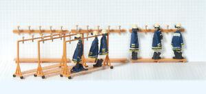 AgréAble Preiser 31024 Feuerwehrgarderobe, 3 Mobile + 3 Fixe, Kit De Montage, H0, Neuf Luxuriant In Design