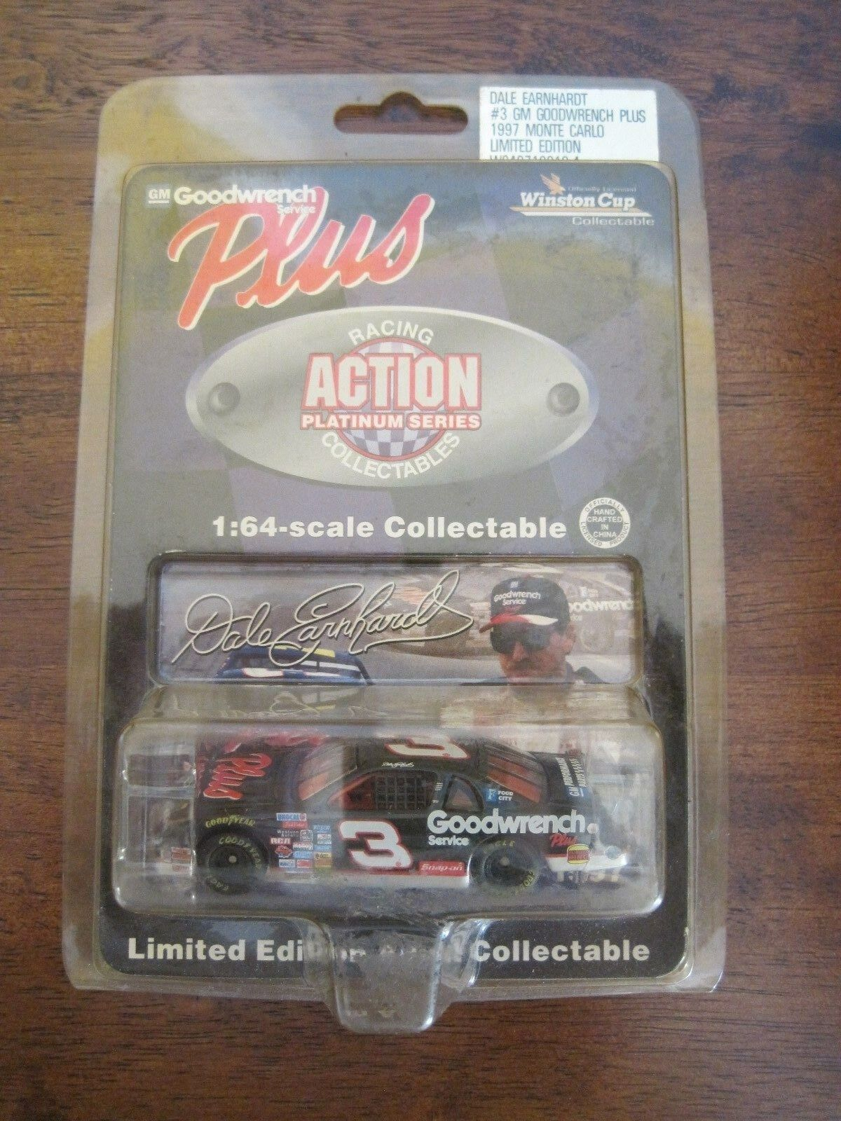 Nascar Winners Circle Dale Earnhardt GM Goodwrench Plus 1 64 1997 Monte Carlo