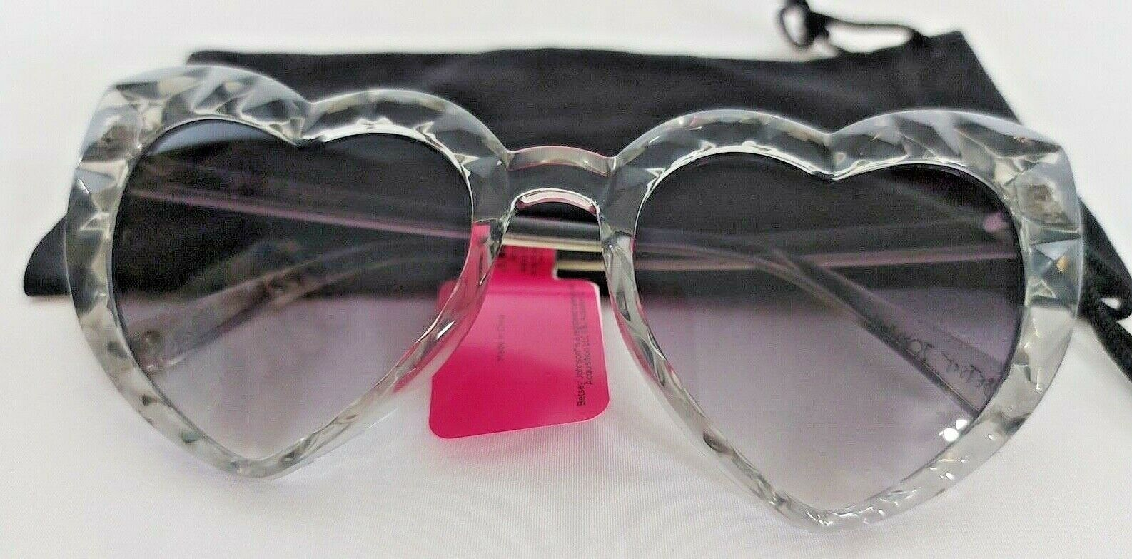 Betsey Johnson Sunglasses 100% UVA Protection Comes With Protective Pouch NWT