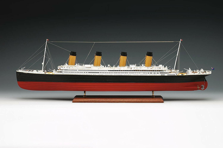 modellolo di barca per montare Amati 1606. Titanic di scala 1250