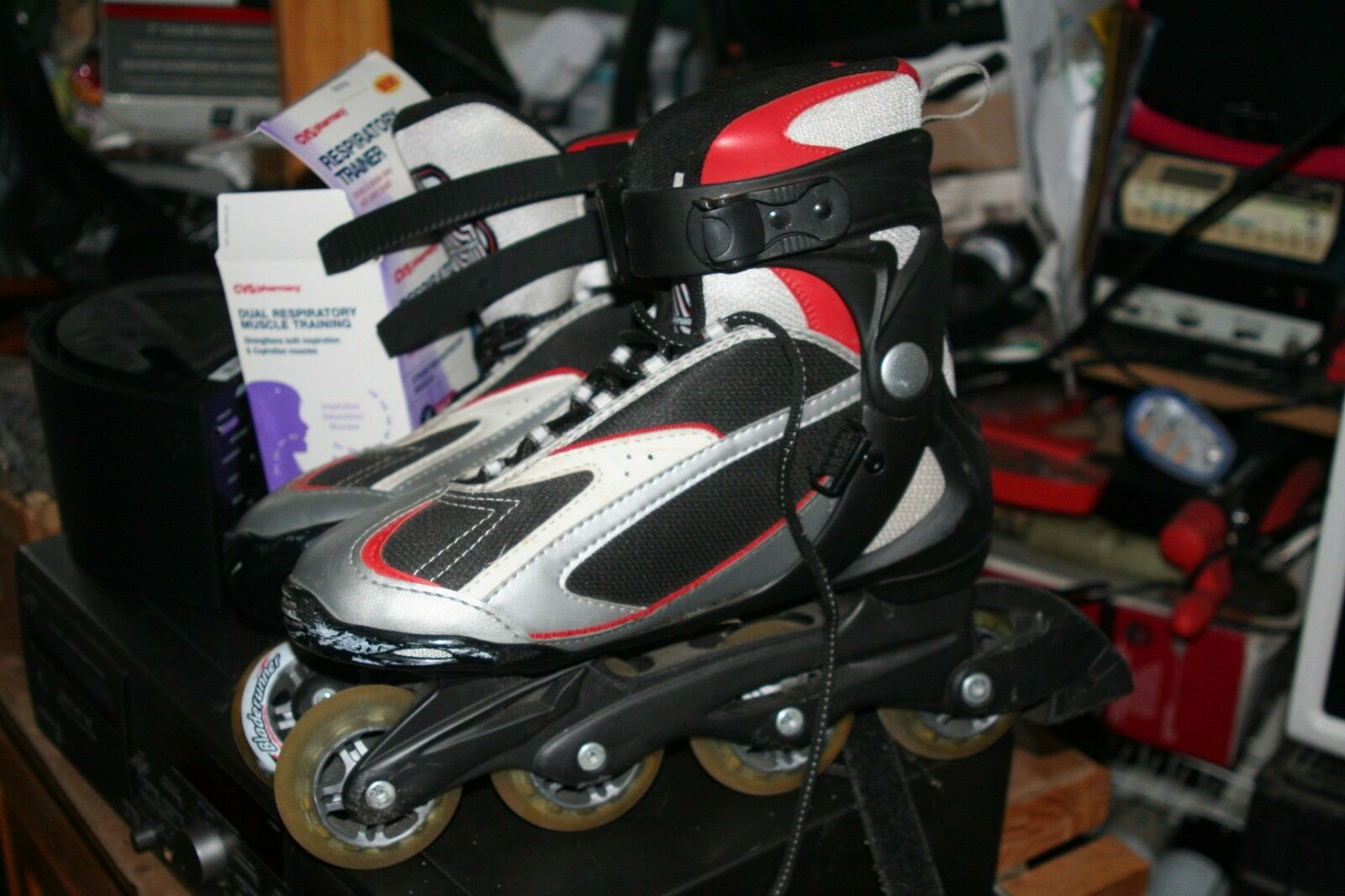 Nice  Roller Blades   Red nice Condition  free shipping!