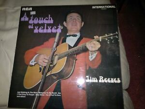 Jim-Reeves-A-Touch-of-Velvet-vinyl-LP