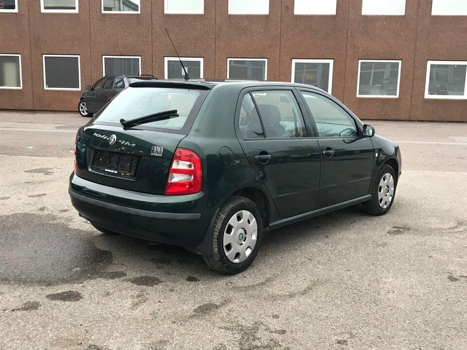 Skoda Fabia 1,4 16V Benzin modelår 2001 km 134000 Grøn