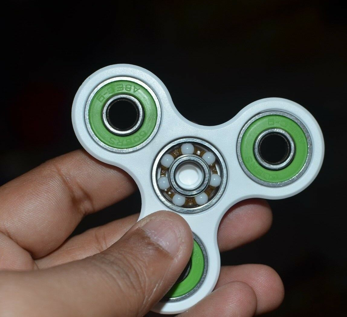 LOT OF 25X FIDGET TRI-SPINNER  (CERAMIC) STRESS ANXIETY RELIEF AUTISM THERAPY