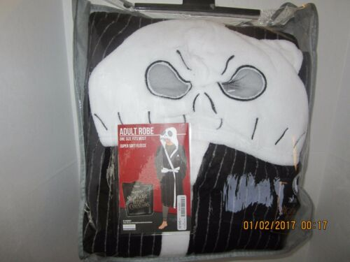 NIGHTMARE BEFORE CHRISTMAS ADULT BATHROBE FULL SIZE REALLY NICE ROBE NEW TAGS