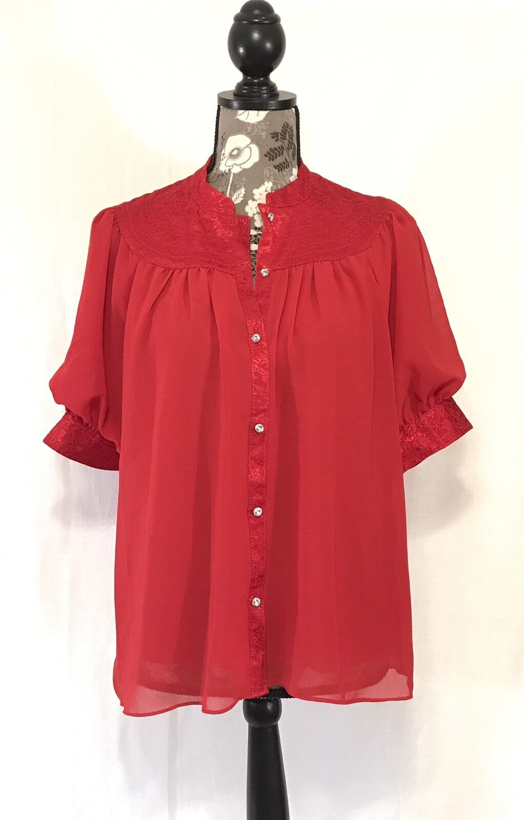 Moulinette Soeurs Anthropologie rot Short Sleeve Button Front Blouse NWOT New