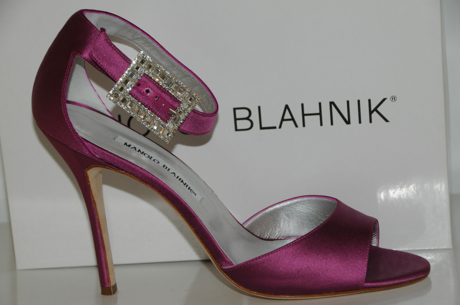 $925 NEW MANOLO BLAHNIK PINK DRIBBIN Satin DRIBBIN PINK JEWELED CRYSTAL SANDALS SHOES 40.5 10 9dfc11