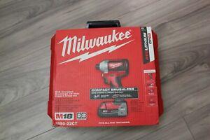 Milwaukee-2850-22CT-M18-Compact-Brushless-1-4-034-Hex-Impact-Driver-Kit