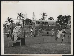 1957-Orig-DODGERS-Press-Photo-Walt-Alston