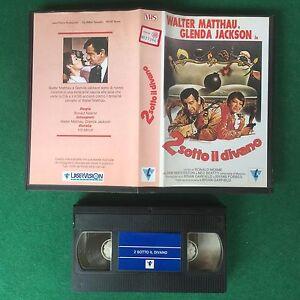 Due Sotto Il Divano.Dettagli Su Vhs Film 2 Sotto Il Divano Walter Matthau Glenda Jackson Laservision