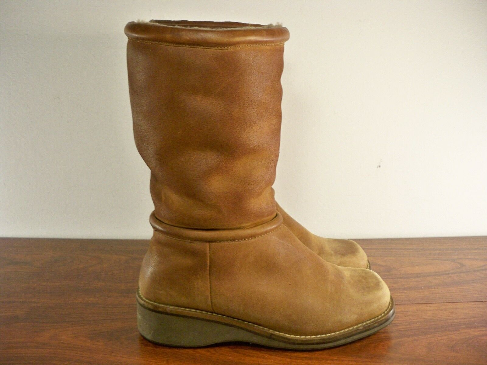 Cole Haan F6321 Women's Brown Sherpa Lined Mid Wedge Leather Boots Size 7.5 B