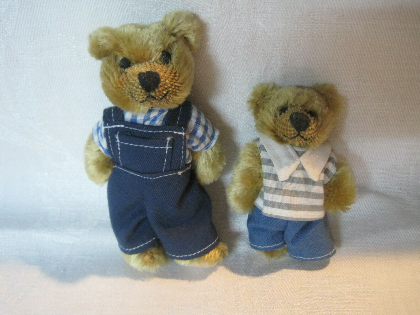 Schuco miniature mohair bears, BEARLI bear series father and son bears