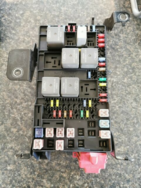 06 Ford F550 Fuse Relay Center Power Distribution Module ...