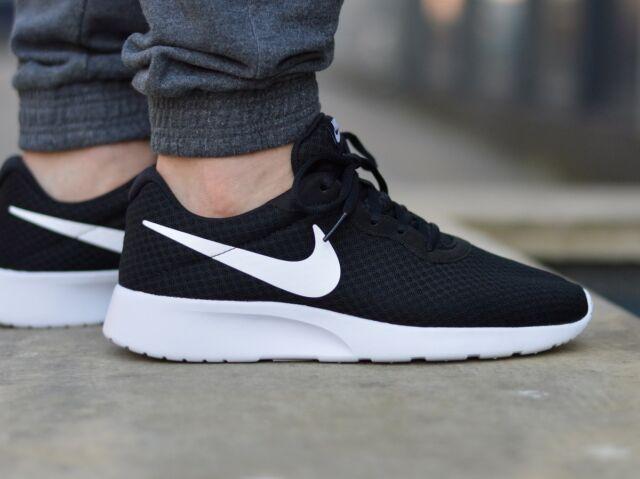 nike tanjun men's running shoes