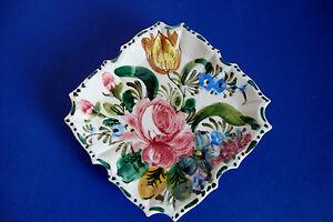 Vintage-Italian-Majolica-Ceramic-Wall-Jardiniere-Hand-Painted
