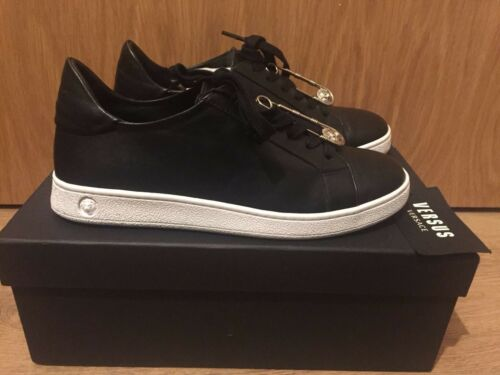 5 Safety Sneakers Weiß Versace Versus 6 4 Pin Uk Gr In Sneakers Schwarz Pw5qx6ZAaq