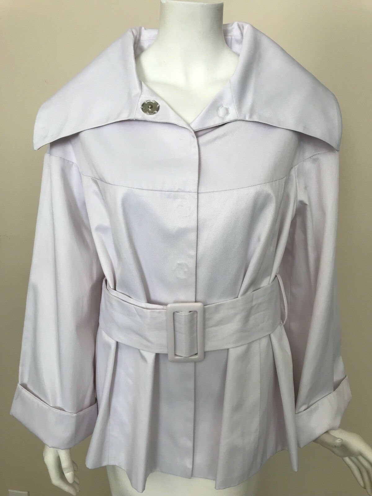 KENAR New White Light Weight Coat with Wide Collar and Waist Belt Size Large NWT