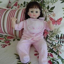"""vintage 1977 Madame Alexander 19"""" Baby Doll Pussy-Cat Doll brown hair"""