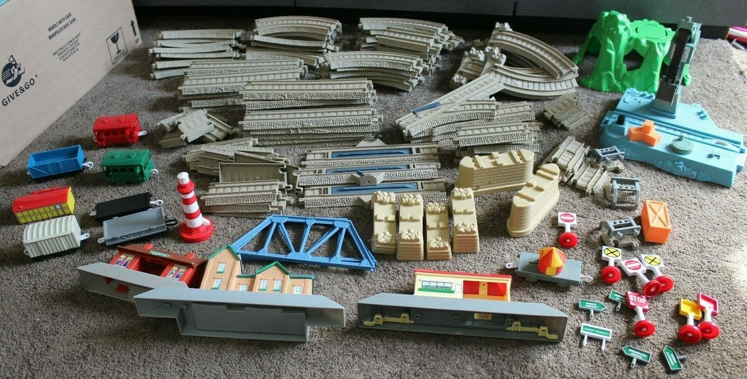 Huge lot 144 pc Thomas and Friends Trackmaster Track and Trains Buildings Crane