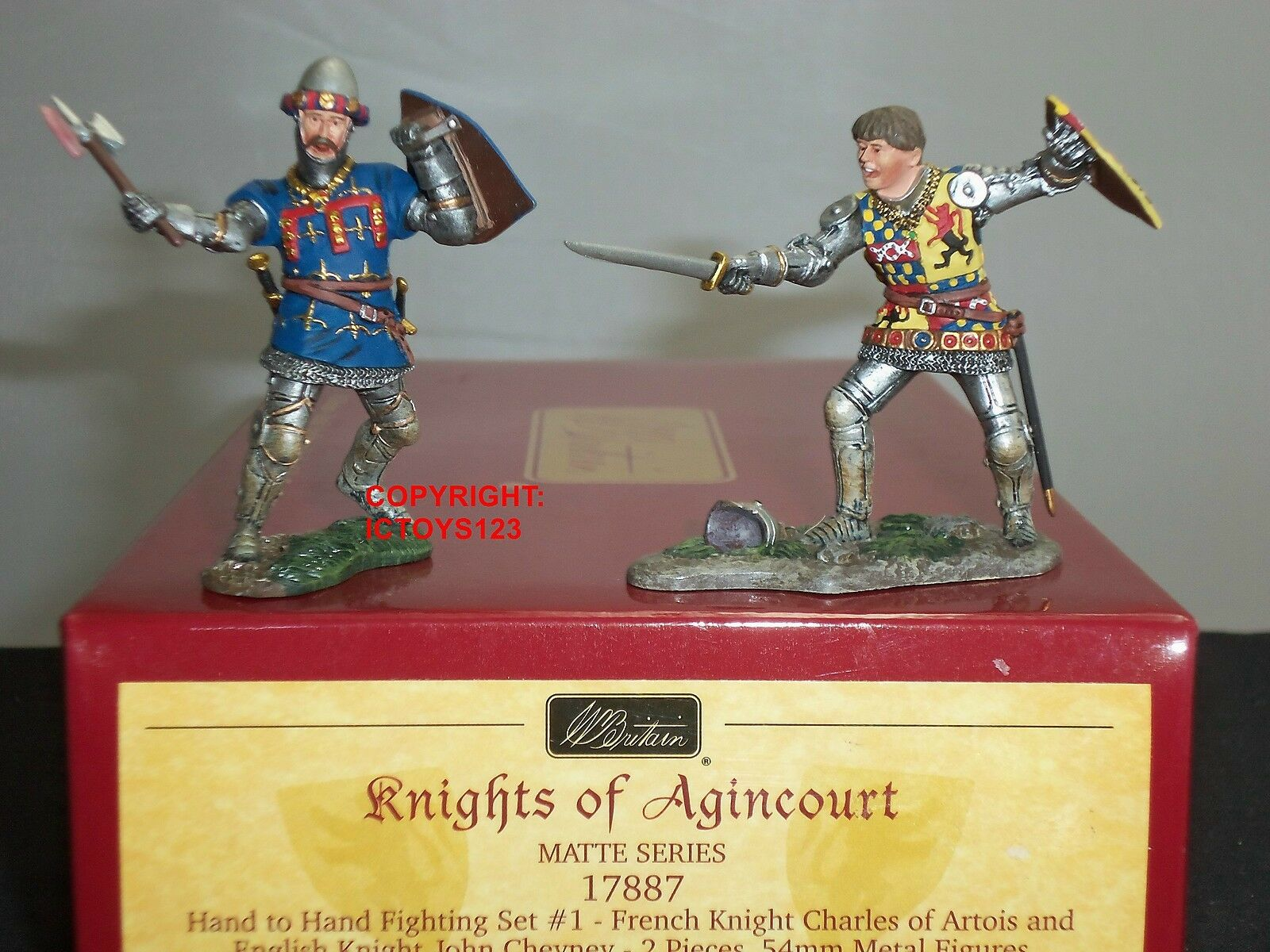 BRITAINS 17887 FRENCH + ENGLISH KNIGHTS HAND TO HAND FIGHTING TOY SOLDIER SET