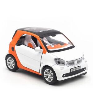 1-24-Smart-ForTwo-Die-Cast-Modellauto-Auto-Spielzeug-Weiss-Sammlung-Pull-Back