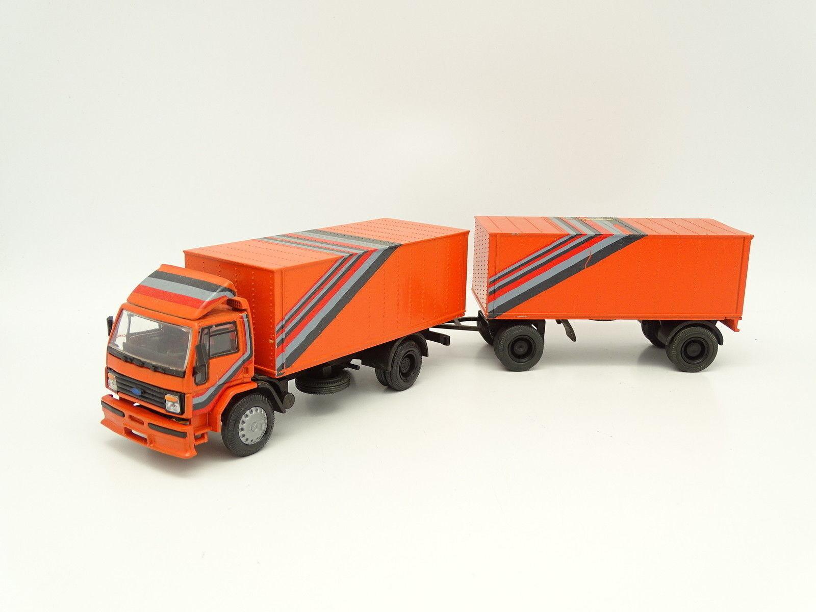 NZG 1 50 - Ford Cargo Porteur + Remorque