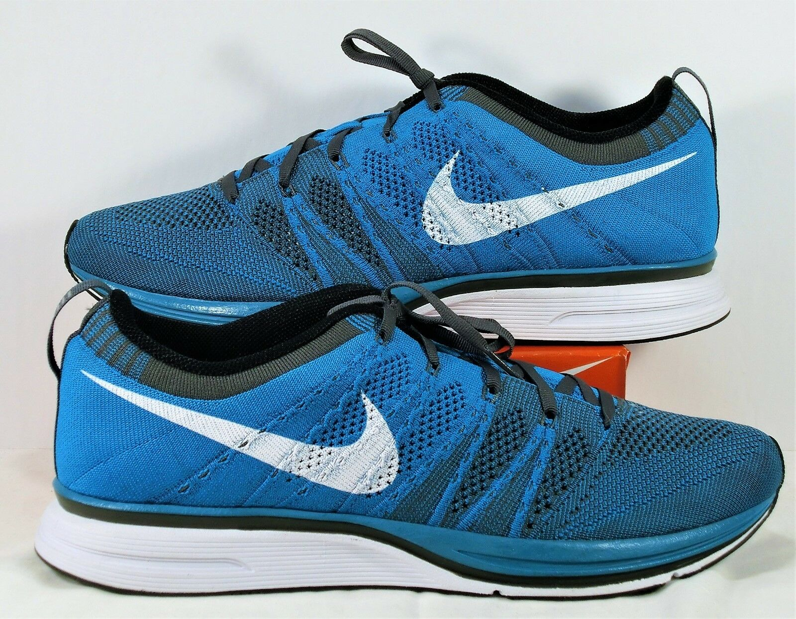 Nike Flyknit Trainer Neo Turquoise & White Womens 12 Mens Sz 10.5 NEW 532984 410