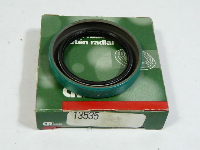 Chicago Rawhide 13535 Oil Seal 1-3/8in Shaft Nitrile Rubber ! NEW !