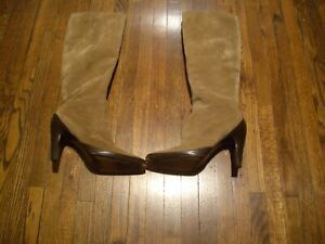 VINTAGE-SALVATORE-FERRAGAMO-TAN-SUEDE-W-BROWN-LEATHER-TALL-BOOTS-SZ-7-B-ITALY