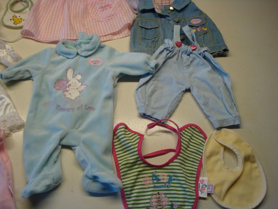 Babyborn, Dukke og en del tøj