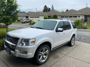 Immaculate 2010 Ford Explorer